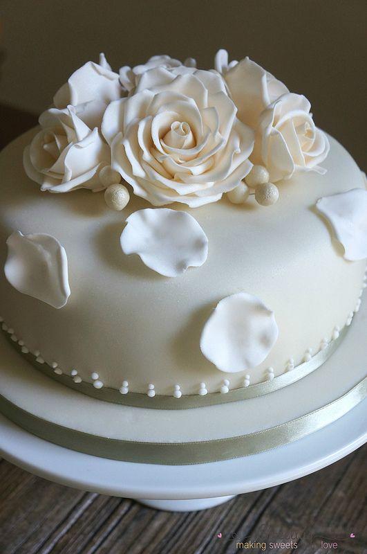 Γαμήλια Τούρτα με Τριαντάφυλλα   Wedding Cake with Roses - Sweetius