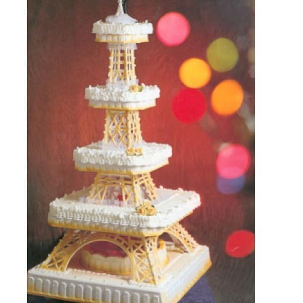 67 best Eiffel cakes images on Pinterest   Birthdays, Paris cakes ...