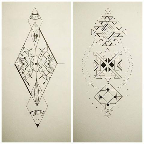 Nouvelles pièces disponbles ! En Mp ou via :inkleeza@gmail.com  #losange #navajo #pattern #ameridien #indien #details #lineworktattoo #dotwork #dot #illustration #geometrictattoo #geometry #paris🇫🇷 #art #artiste #melleleeza #finesse #mystique #ethnique #totem #symbole #availablenow #ready#motif