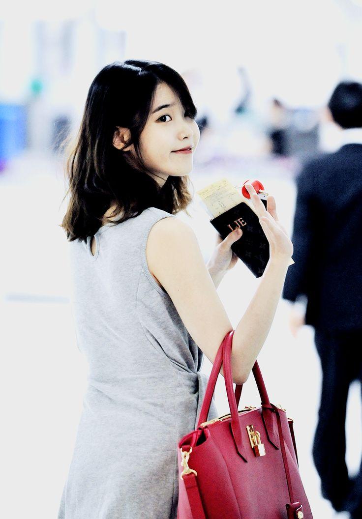 Iu Fashion Airport Photo EXO SeHun For LOptimum Thailand