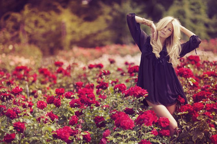 I never promised a rose garden by ~sarahlouisejohnson on deviantART