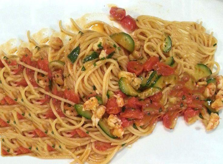 spaghetti gamberi e zucchine #ricettedisardegna #cucina #sarda #sardinia #recipe