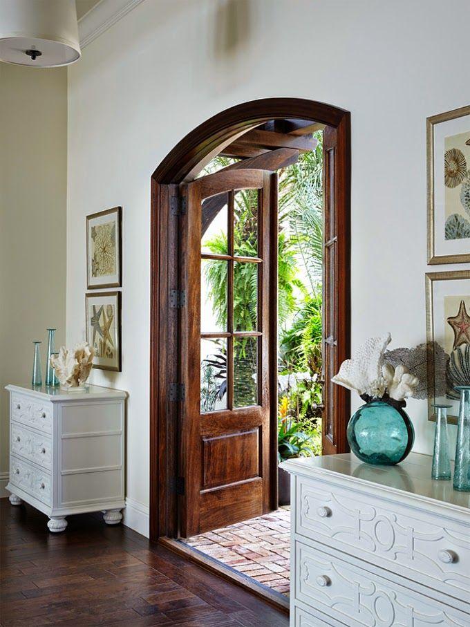 Best 25+ Arched doors ideas on Pinterest | House front House exteriors and Colonial house exteriors & Best 25+ Arched doors ideas on Pinterest | House front House ... Pezcame.Com