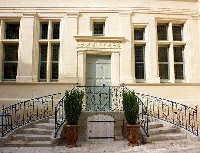 Château-Thierry (France) / Musée Jean de La Fontaine, maison natale de Jean de La Fontaine, est consacré à l'auteur et ses fables. Le musée est situé dans l'ancienne rue des Cordeliers qui était au XVIIème siècle le beau quartier de la ville.