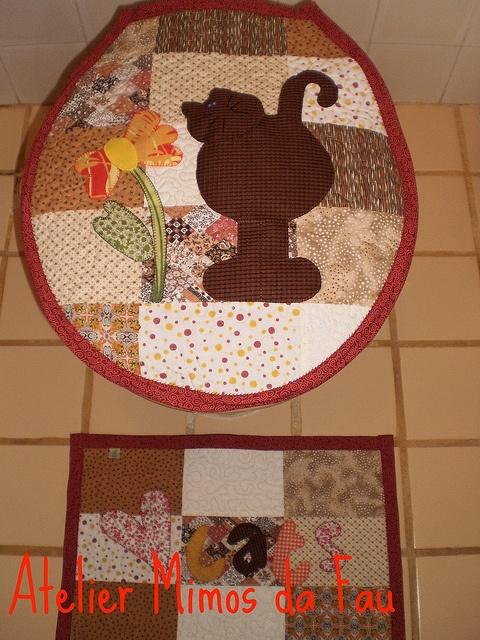 jogo de banheiro em patchwork  http://www.flickr.com/photos/artesnoreino/favorites/page4/?view=lg: Patchwork, G Tun S, Bath, Bathroom, Photo