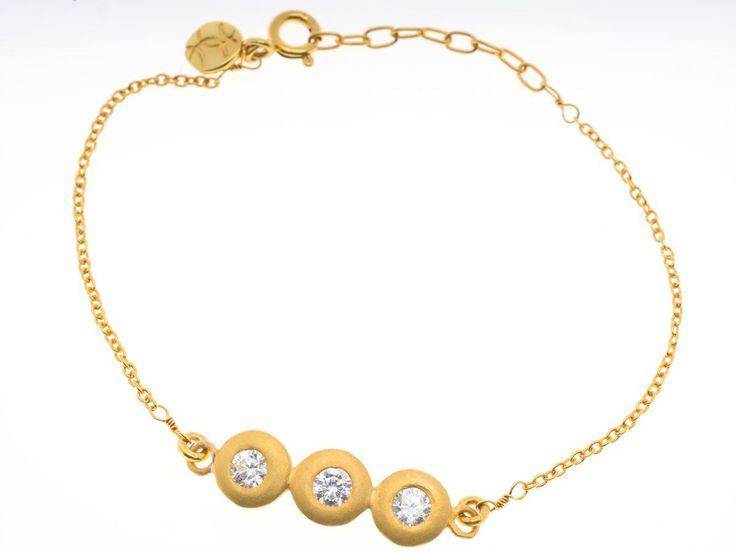 Triple Crystal Pebble Gold Bracelet - HeidisHoff.no