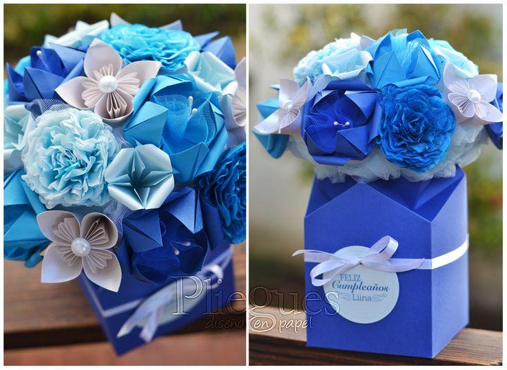 Arreglo de flores de papel #regalodecumpleaños #flores #papel #regalo #gift #paperflower