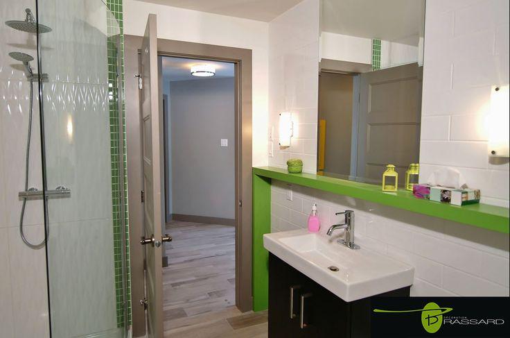 Voici des concepts uniques comme vous!! Salle de bain verte, design moderne