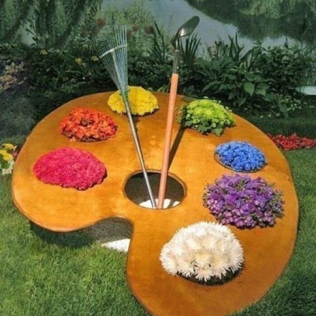 Garden Feature. Just A Fun Idea