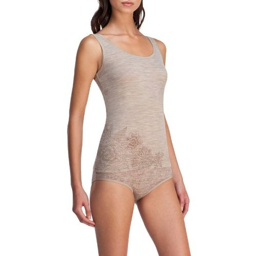Icebreaker Women's Siren Tank, Medium, Naked.    List Price: $100.00  Buy New: $41.21	   You Save: 25%  Deal by: AthleticClothingShop.com