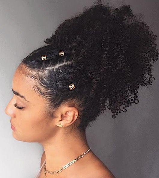 26 ideias de penteados com trança - Guita Moda | Natural hair styles, Natural hair twist out, Natural hair twists
