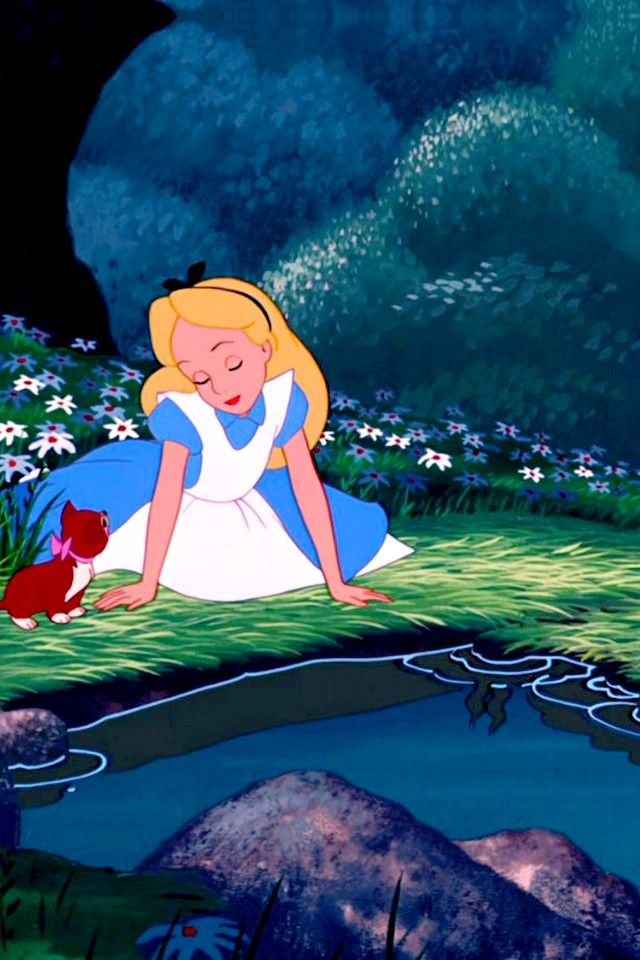 Alice in wonderland is my fav movie of allllllllllllllll timeeeeee