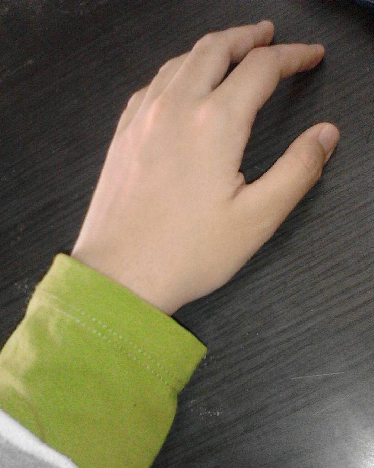 HANDSOCK PLAIN  RM7 berminat bole ws 0197443308  #handsockdwitone  #handsockplain #arduino #programmer #basic4android #b4a by tariq_ziyatshop