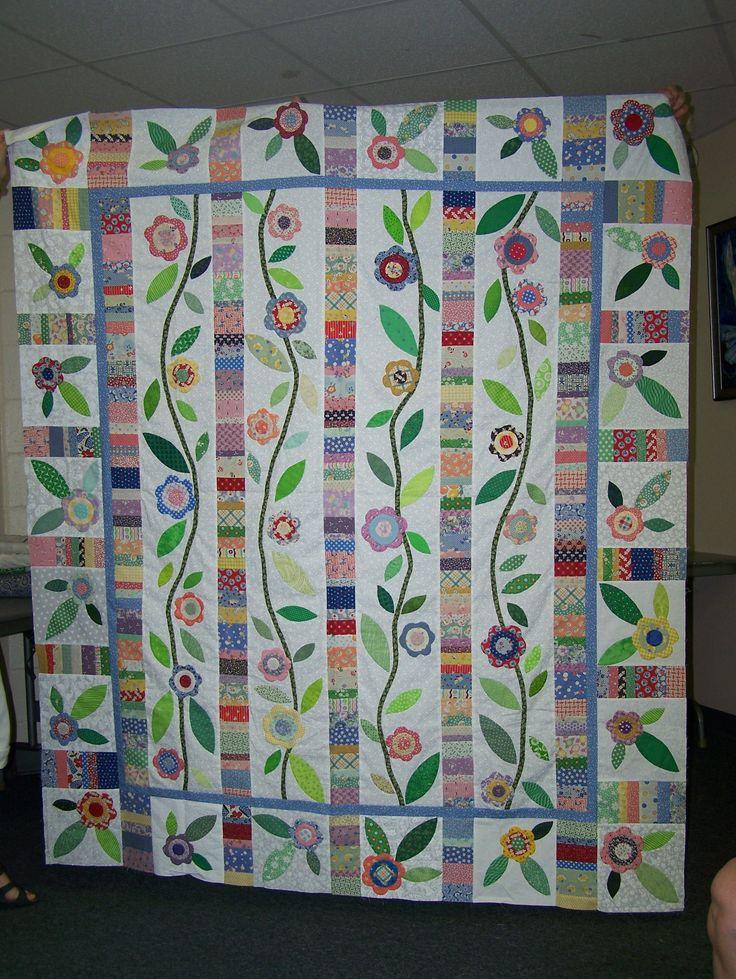 Quilt Guild Swap Ideas : Reproduction Flowers quilt - Judy R Enterprise Quilt Guild Pinterest Quilt, Flower quilts ...