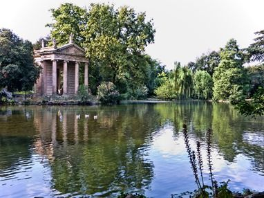 This is how I imagined the temple at Summerhayes - it's the focal point of the Italian Garden (the piece de resistance of the gardens), a place where lovers meet but murder is committed.