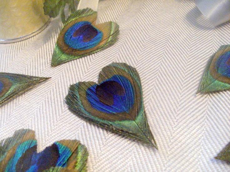 17 best ideas about feather wedding decor on pinterest winter wonderland wedding frozen - Peacock feather decorations home decor ...