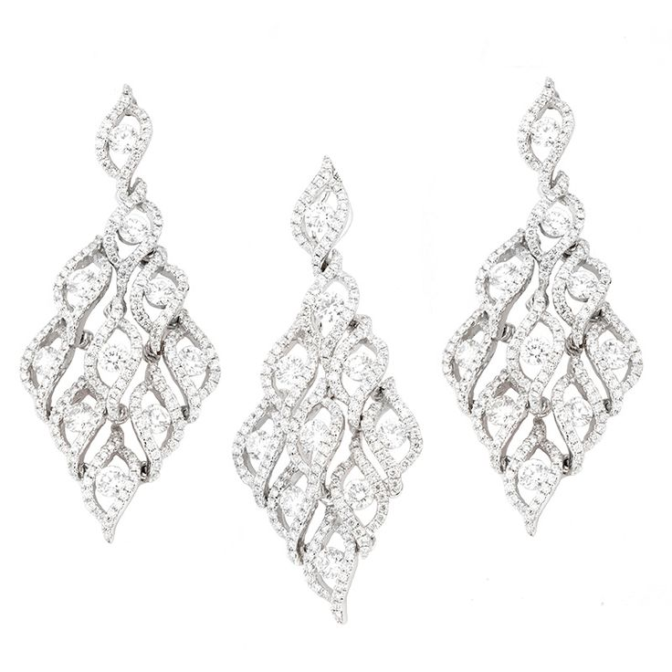 Diamond Chandelier Pendant & Earring Price: $9,880.00 ex. GST Suite 403, Level 4 250 Pitt Street, Sydney Tel: +61412461008 Please visit us here https://tinyurl.com/yd5lv7h9  OR view the map link http://ow.ly/Seuv30gZh3L  #White_Gold #Diamonds #TwinkleDiamonds #Diamond_Pendant_Earring  #Diamond_Pendant #Diamond_Earring