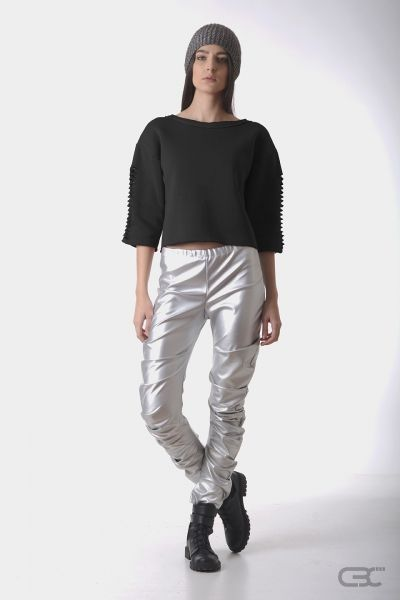 Crepe Black Collar silver leggings and fluffy cotton top with details. check out the online shop for details.