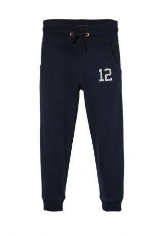 Спортивные хлопковые брюки с принтованным числом в стиле колледжа. Эластичный пояс с кулиской, по бокам карманы, края связаны резинкой. http://j.mp/1pPi2Qw