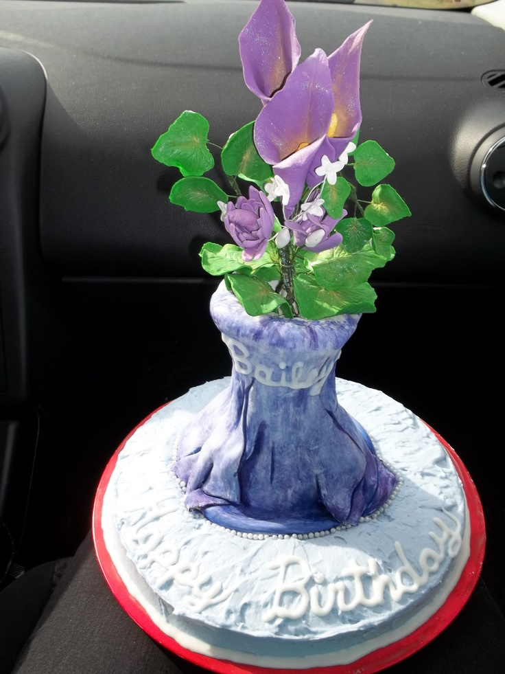 Flowers in a vase cake made for my nieces birthday. Flowers were made ...