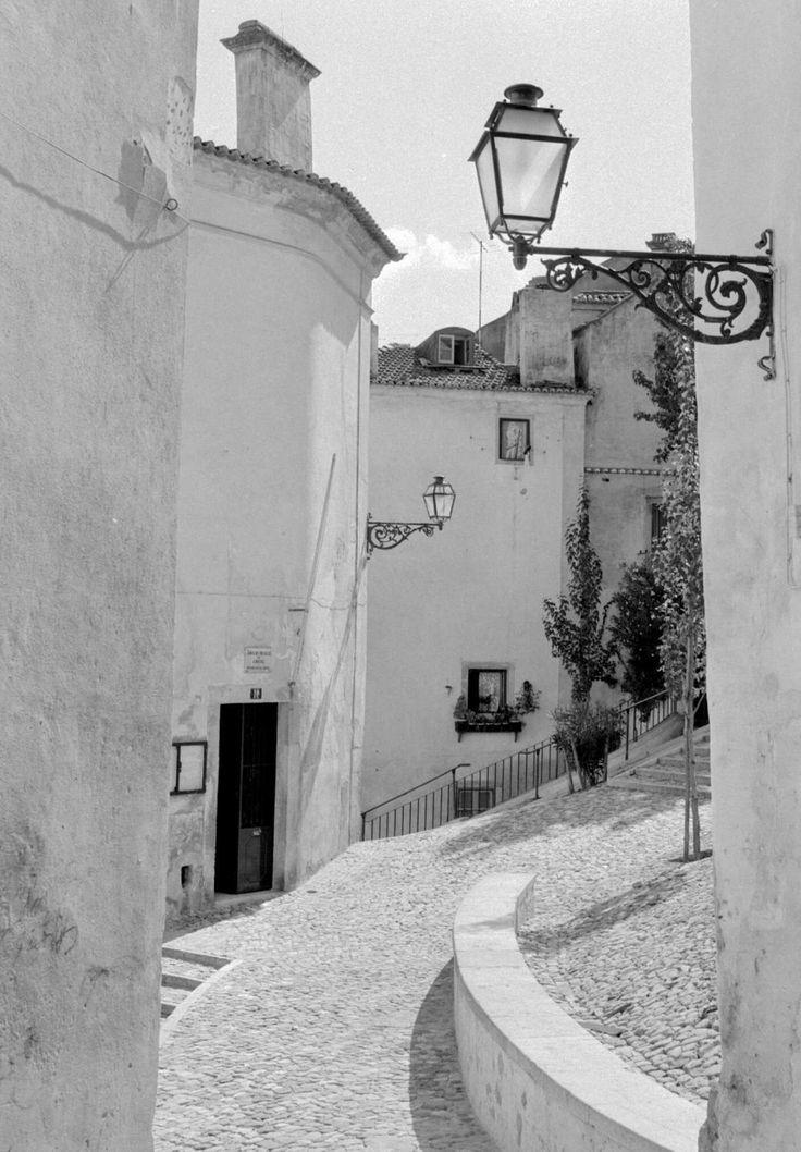 Lisboa. Alfama, década de 60.