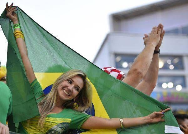 サッカー・ワールドカップ(W杯)ブラジル大会の開幕戦ブラジル-クロアチアを観戦する女性サポーター(サンパウロ)(2014年06月12日) 【AFP=時事】 ▼12Jun2014時事通信 ワールドカップ美女サポーター 写真特集 http://www.jiji.com/jc/wcup2014?d=d4_ftbnnp=wbs214-jpp017344044s=photolist #Brazil2014 #Brazil_Croatia_group_A