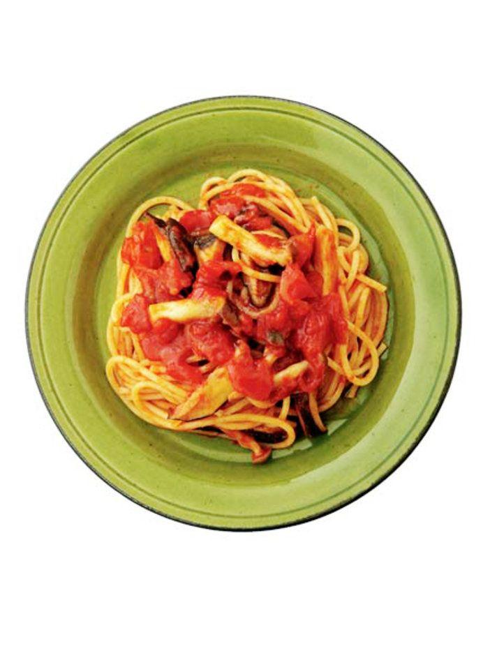 きのことトマト、野菜の旨みを存分に楽しんで。|『ELLE gourmet(エル・グルメ)』はおしゃれで簡単なレシピが満載!