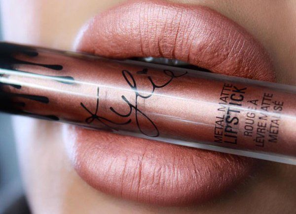 Kylie Jenner lip kit Heir and King K both metallic mixed Daniella
