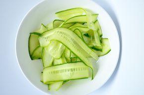 Zoet zure komkommer, lekker bij een Indische rijsttafel (bij Rendang bv)