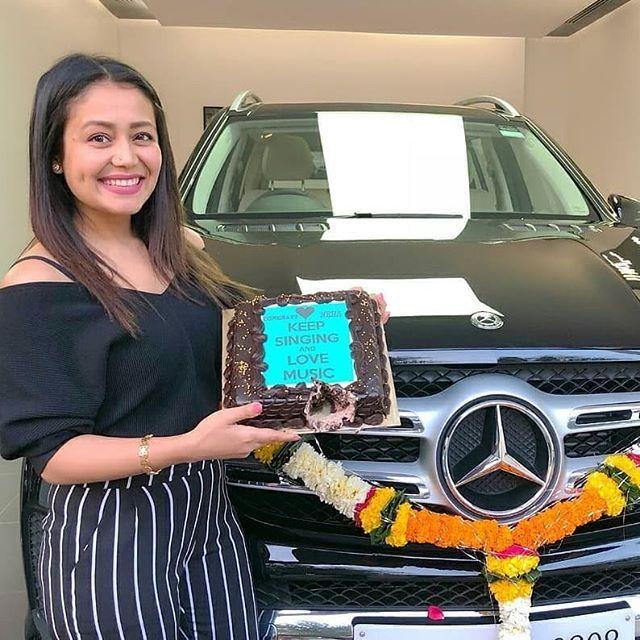 Neha Kakkar with her new Merc! Double Tap to congratulate her. Follow  @firstbuzz1 . . . . . #firstbuzz1 #nehakakkar #nehakakkarlive #nehakakkarfans #nehakakkarfanclub #neha #girlwithcar #mercedes #mercedesbenz #StayNatural #BeachBum #Goa #bollywood #bollywoodactress #bollywoodstyle #bolly #katrinakaif #anushkasharma #aliabhatt #selenagomez #dishapatani #riyasen #bikini #beach #backless #beachbody #beachvibes #tbt #bikinigirl #bikinilife