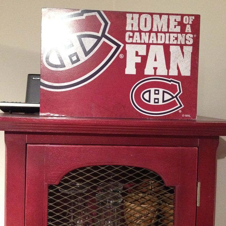 Montreal Canadiens Habs Hockey Home of a Canadiens Fan sign.