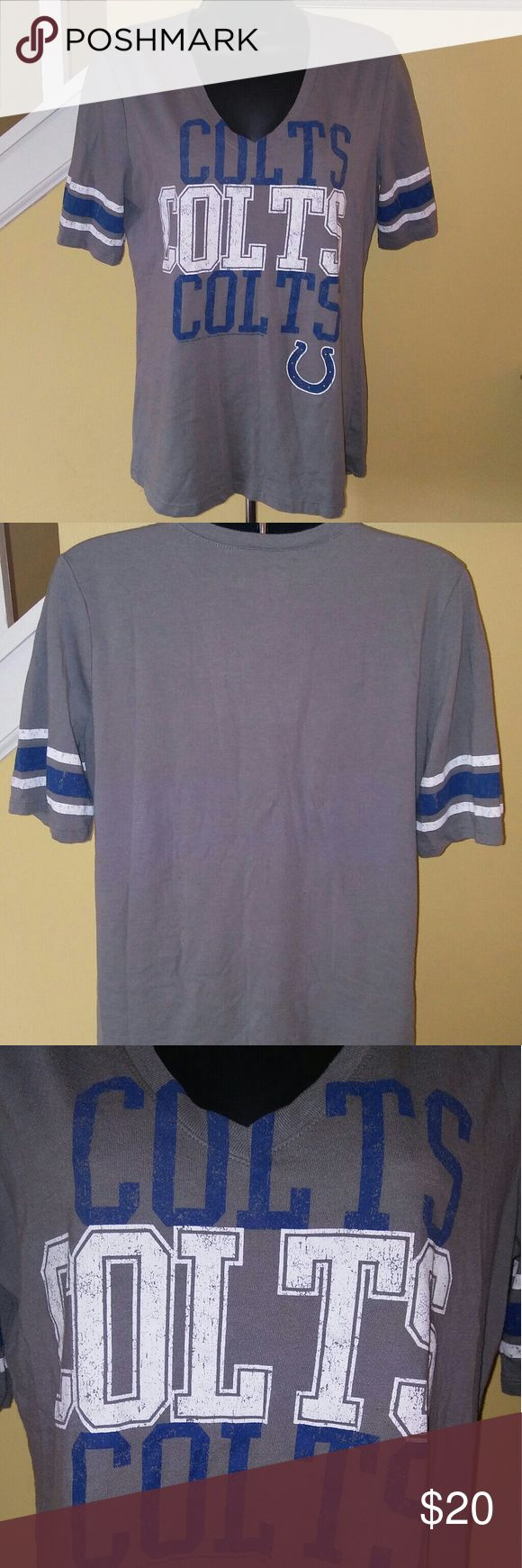 NFL Colts Women's Large V-Neck T-Shirt 50% cotton 50% polyester. NFL gray T-Shirt. Excellent condition. No defects. nfl Tops Tees - Short Sleeve