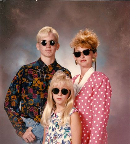 es pires photos de famille Awkward Family Photos 10 Les pires photos de famille exposée dans un musée pire photo loupe image horreur fam...