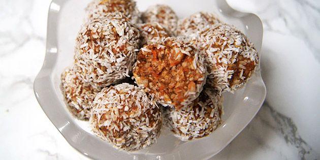 Lækkersulten bliver med garanti tilfredsstillet af de her skønne gulerodskugler, der smager dejligt af gulerodskage, selvom de er sunde.