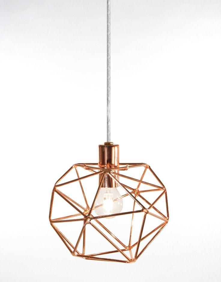 Diamond pendel small round från Globen Lighting hos ConfidentLiving.se