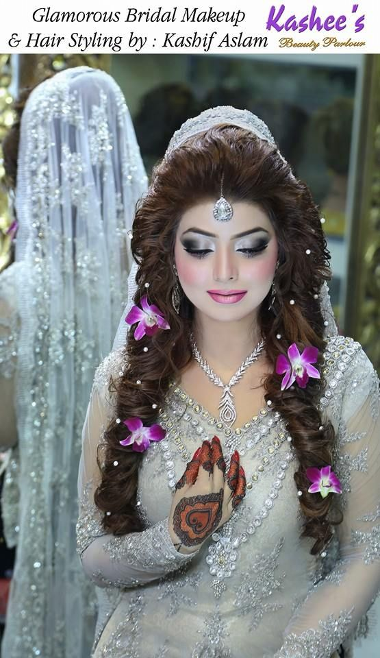 http://www.sheparadise.com/2015/05/bridal-makeup-by-kashees-beauty-parlour.html