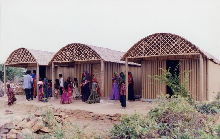 Maison en carton à Bhuj, Inde (2001)