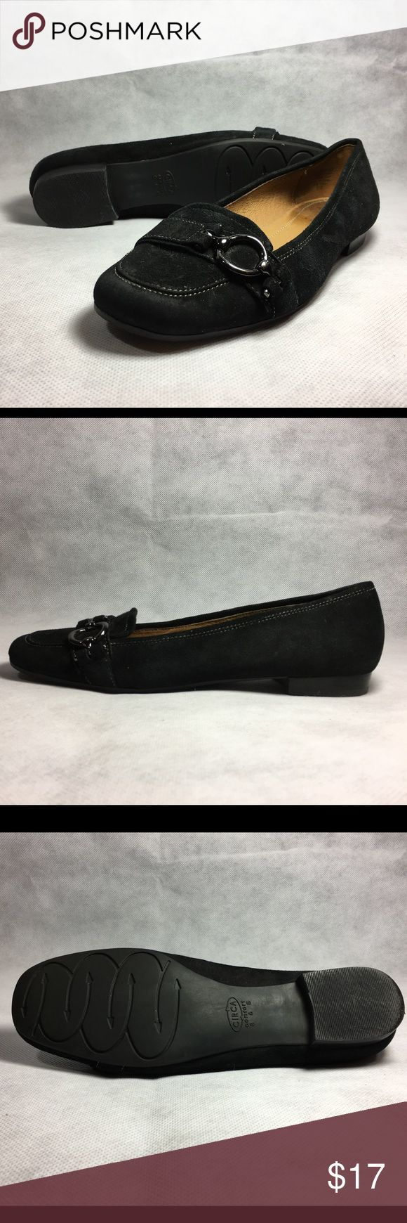 """Circa Joan & David CJ Beverly Loafer Shoe US 6 M Circa Joan & David Womens CJ Beverly Loafer Shoe   Size: US 6 (B, M) Color: Black   Condition: Excellent condition. Some lint visible in photo number 1.   ABOUT THIS ITEM  Description Slip on CJ Beverly flat Loafer shoe by Circa Joan & David with buckle and 1 inch rubber heel pad for 365 comfort.   Features & details • Leather • Imported • Buckle • Heel measures approximately 1"""" • Rubber sole • Slip on • 365 Comfort  Product information…"""