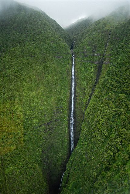 Falls over Molokai by Natural World Gallery, via Flickr
