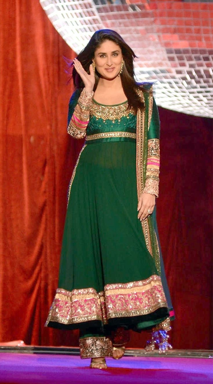 #Kareena Designer Outerwear, Superb combination of #Green. nature pattern at fine embroidery work  Shop Now ☛ http://www.fashion4style.com/woman/clothing/bollywood-replica/kareena-designer-outwear/pid=NjM=