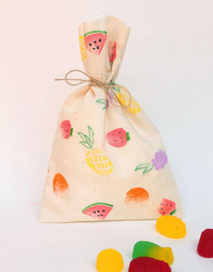 TUTTI FRUTTI Party bags, tutti frutti favour bags, Fruit party, tropical party, tutti fruitti theme, two-ti frutti x 10