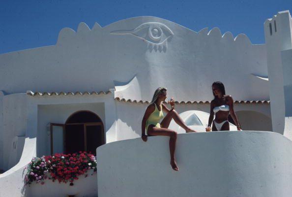 Sisters, Victoria & Francesca Pereira at Villa Gatinha, Quinta do Lago, Portugal 1988: