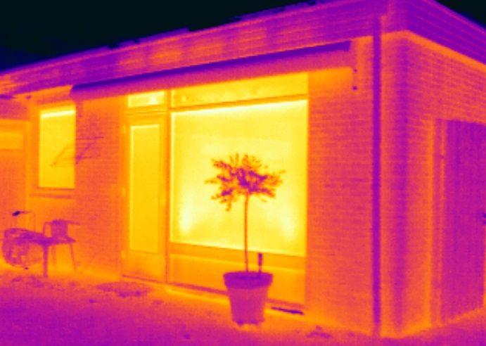 Gisteren was Energiekeurplus in #Zuidhorn om isolatie werkzaamheden te controleren met gebruik van #thermografie.