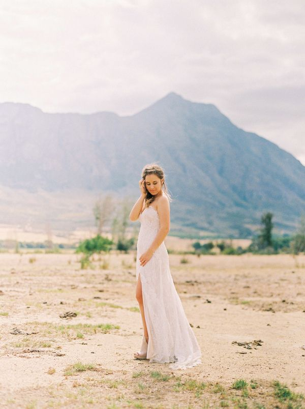 a8782e41ef31 Romantic Rustic South African Wedding