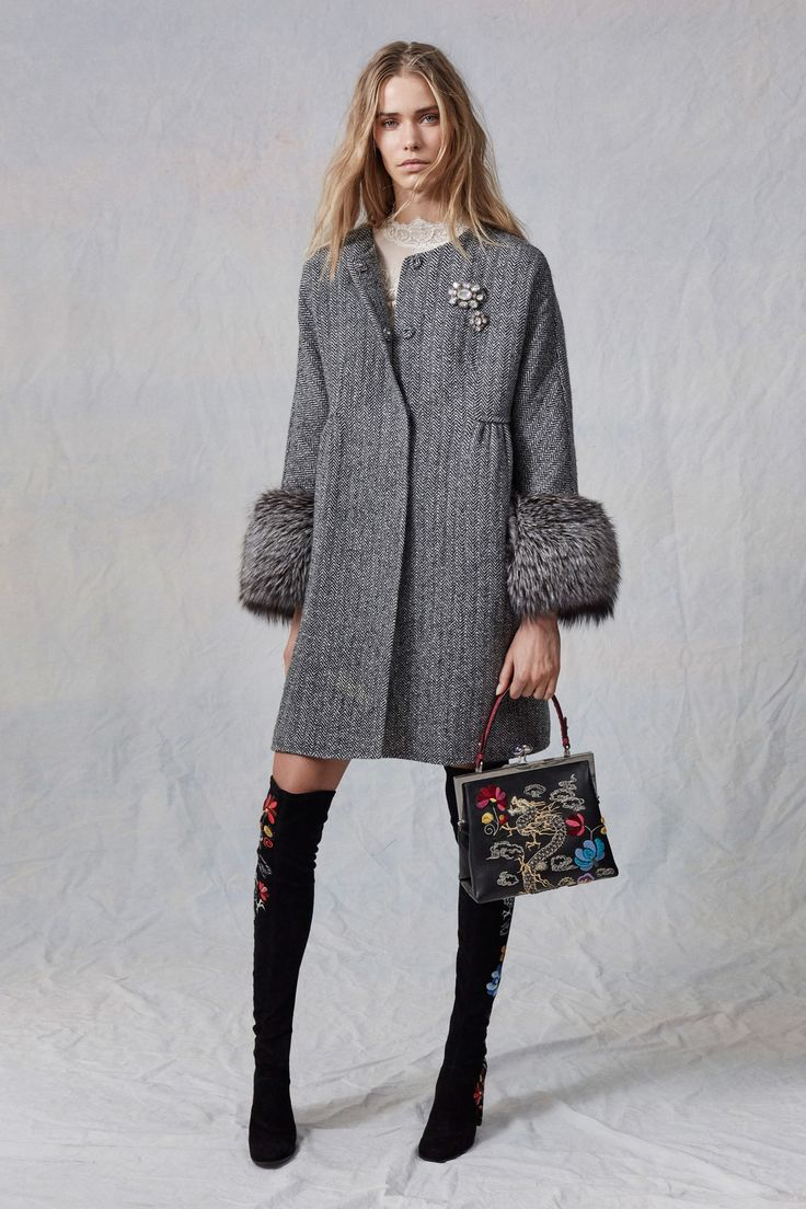 Ermanno Scervino Pre-Fall 2017 collection.