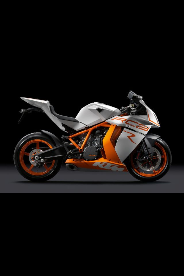KTM RC8 - please excuse me while I wipe the drool from my face. You might be new to Motorcycles KTM but GOT DAMN you're good!