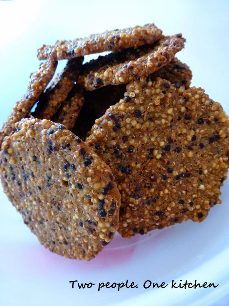Two people. One kitchen: Μπισκοτάκια με quinoa, κεχρί και μέλι