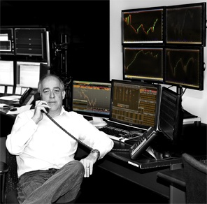 Forex trader columnist for Futures magazine, Abe Cofnas' educational webinars  https://www.vantagefx.com/education/webinars/