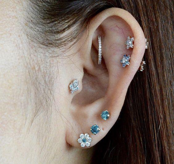 ear piercings ideas industrial (avec images) | Idées de bijoux, Piercings, Bijoux