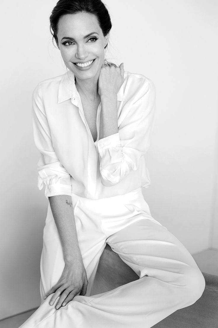 senyahearts: Angelina Jolie for Vanity Fair, December 2014 Photographed by: Mario Testino